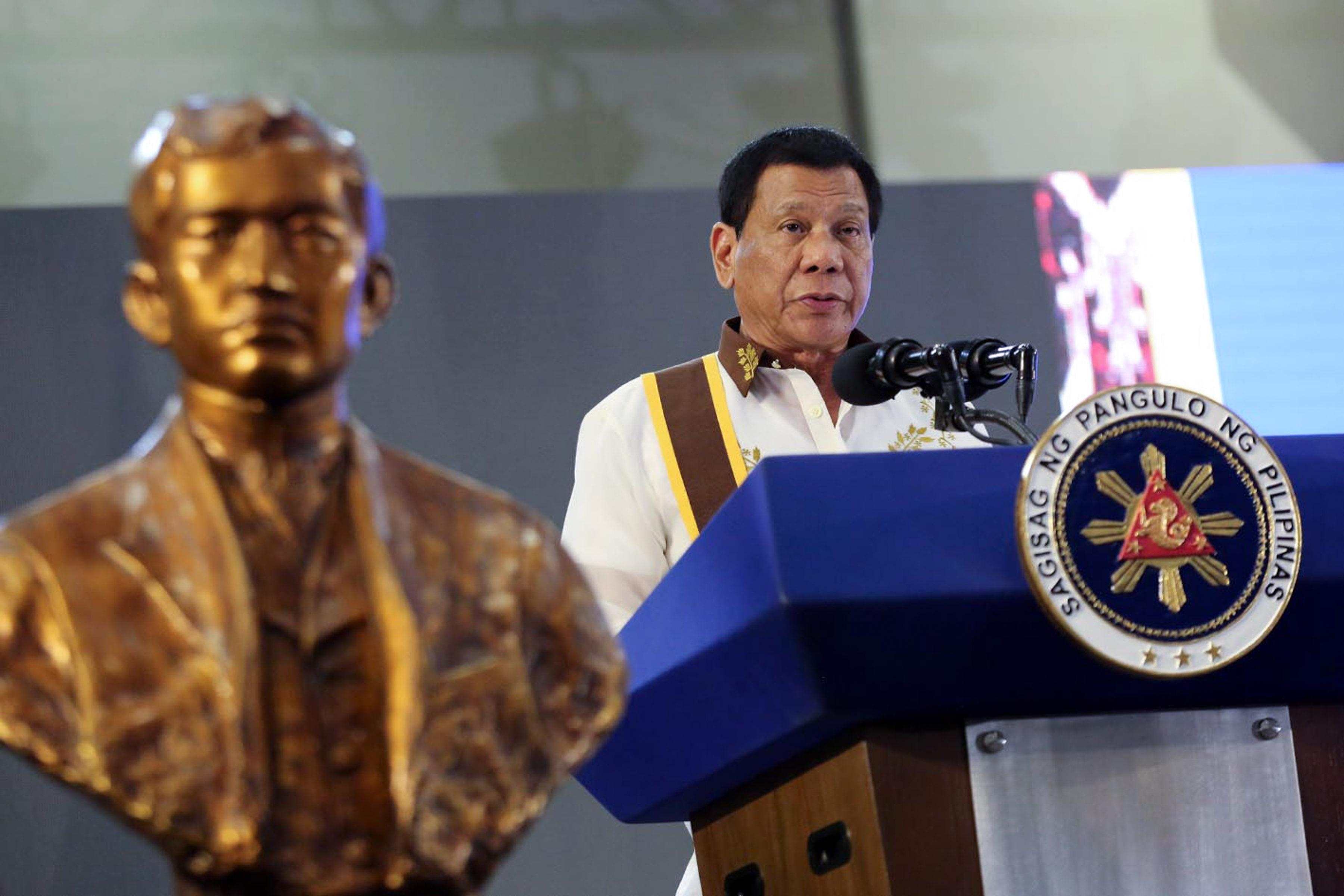 Duterte conferred with Knights of Rizal's highest honor
