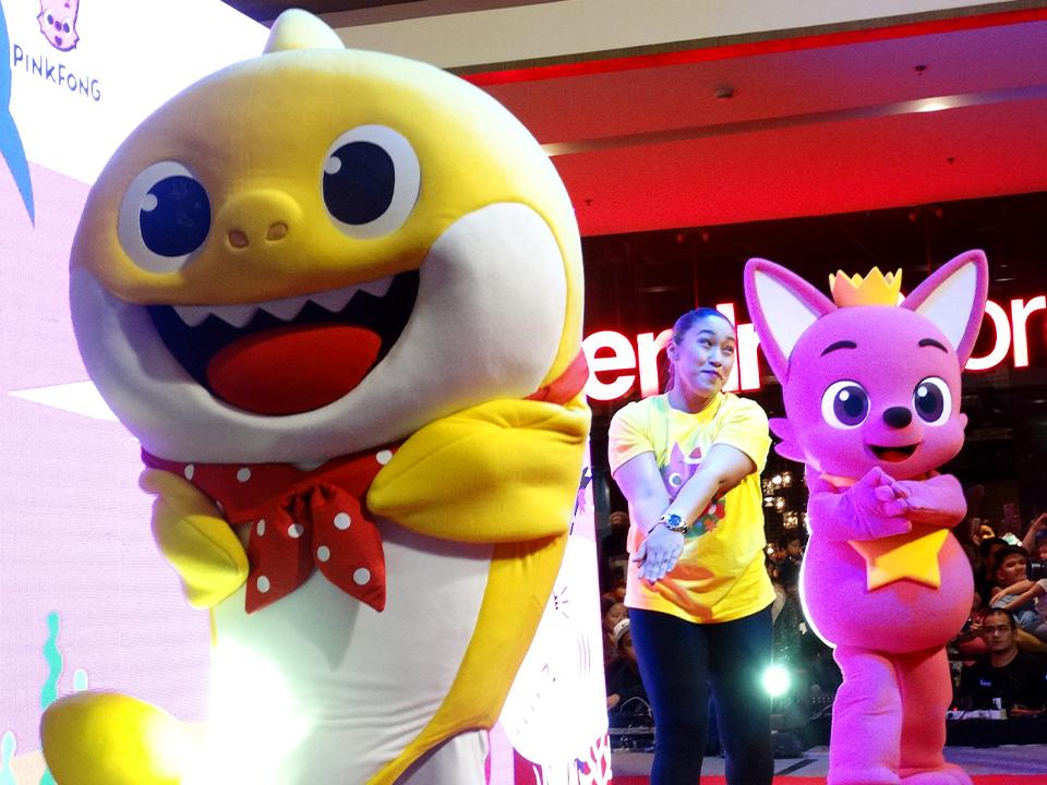 Kids And Grownups Join The Dance Craze With Pinkfong And