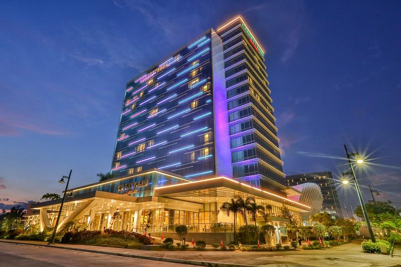 iloilo gets its first international hotel  finally