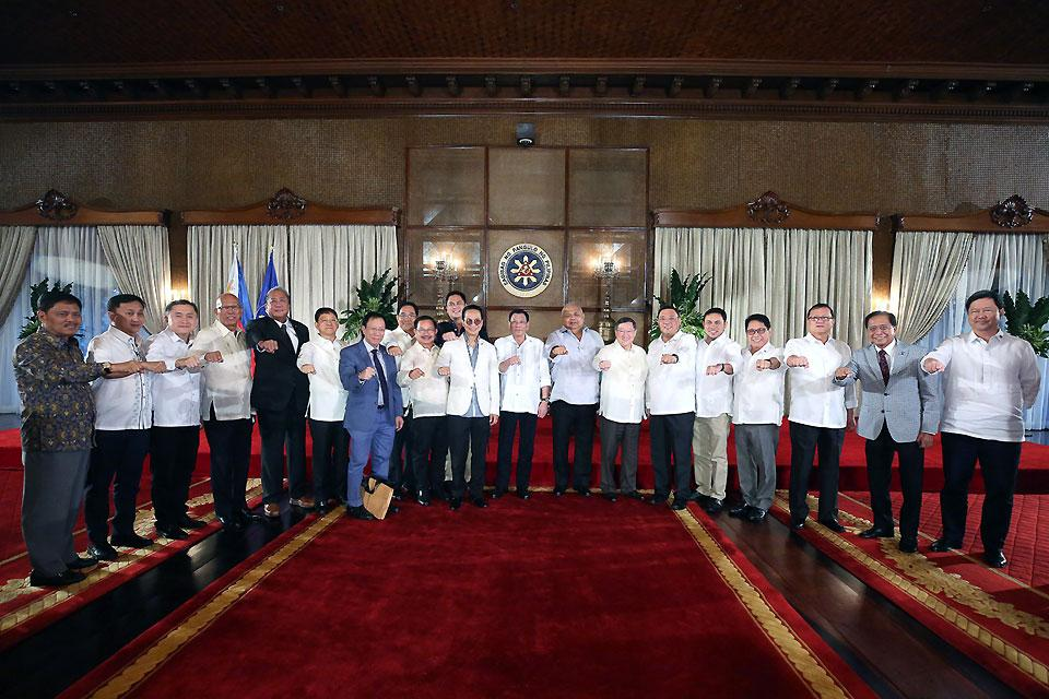 Duterte With Cabinet Members Photos Gma News Online