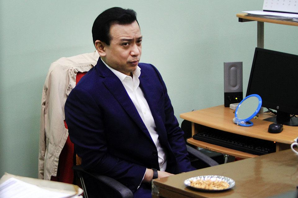 QC court issues arrest orders vs. Trillanes, 9 others