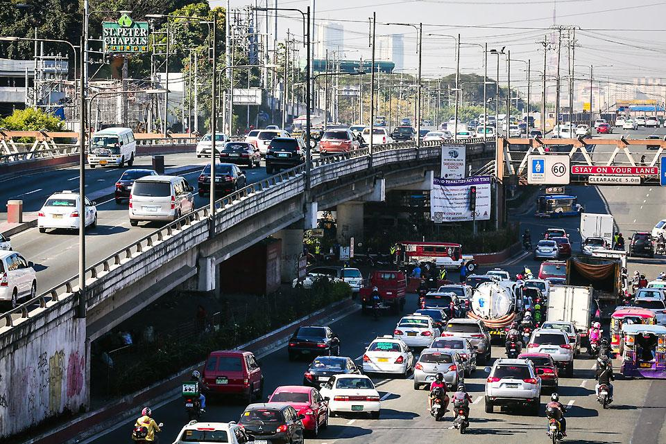 Traffic rerouting scheme in QC for SONA 2019