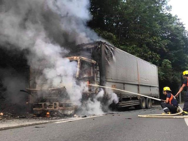 Truck fire Atimonan, Quezon