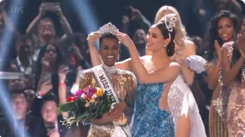 Catriona Gray Crowns New Miss Universe Zozibini Tunzi Of