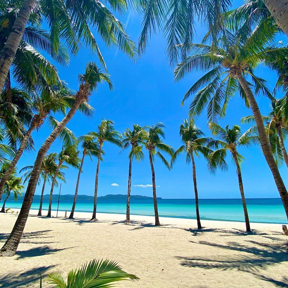 DILG's Año: Boracay 'well-prepared' for October reopening