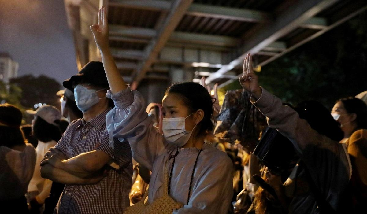 Thai protesters practice coup prevention in latest rally