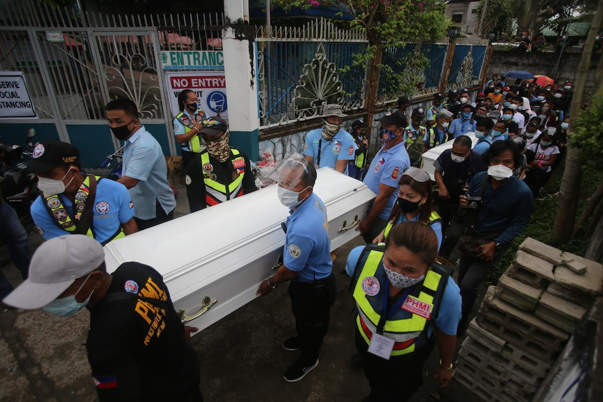Kin, friends attend burial of Tarlac shooting victims