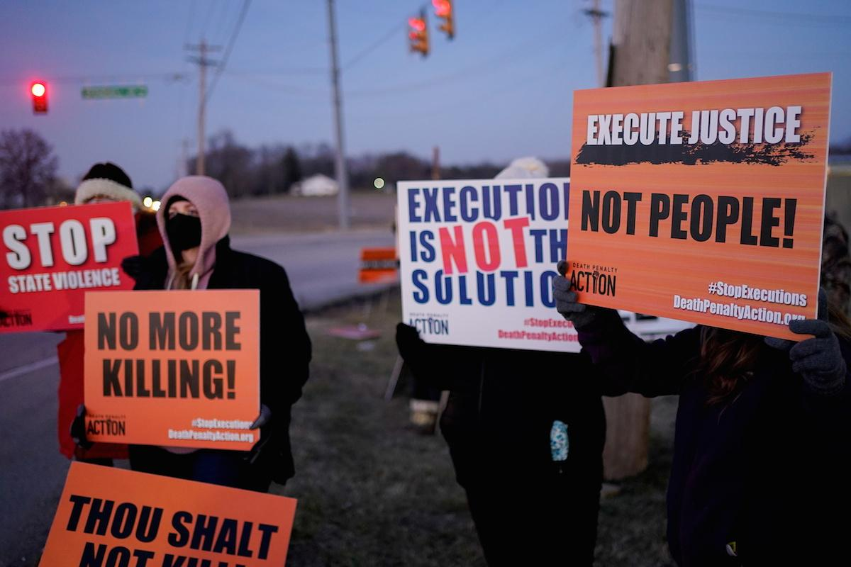 US executes first woman on federal death row in nearly ...