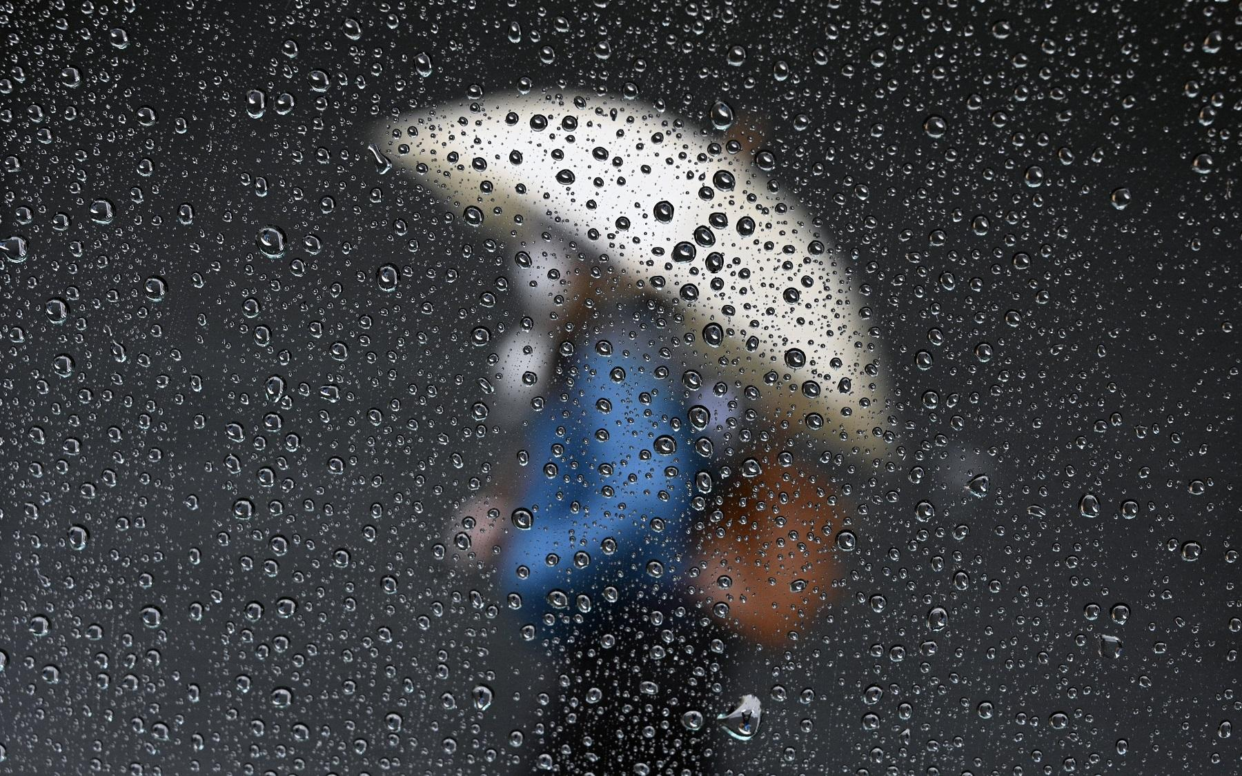 Cloudy skies, isolated rains to prevail over NCR, rest of the country —PAGASA - GMA News Online