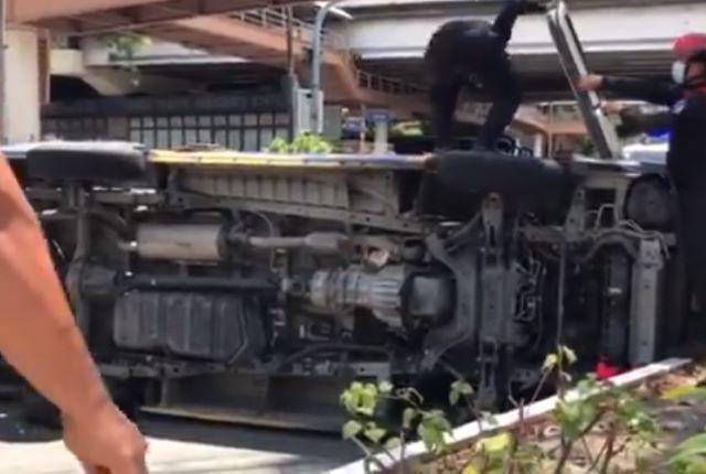 Quezon City ambulance accident