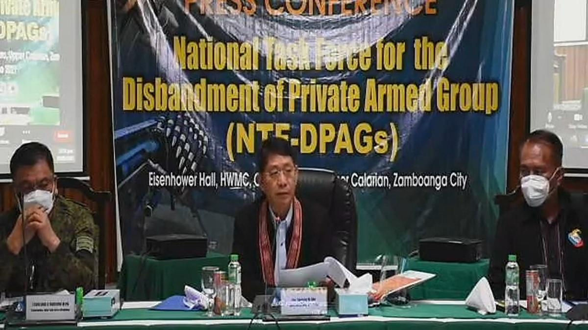 Mindanao LGUs, law enforcement commit to eradicate private armed groups as Eleksyon 2022 nears - GMA News Online